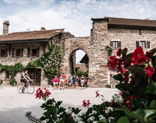 Yvoire, porte fortifiée du bourg médiéval