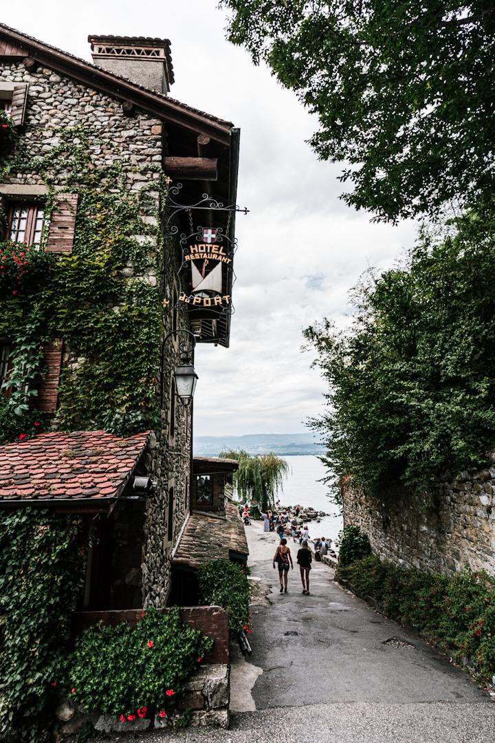 Yvoire, village